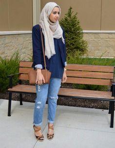Love those jeans! Islamic Fashion, Muslim Fashion, Modest Fashion, Hijab Fashion, Girl Fashion, Jeans Fashion, Hijab Turban Style, Hijab Chic, Ootd Hijab