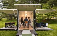 Be an Outsider at Work: Outdoor Coworking in Madison Square Park | Industrious & L.L.Bean