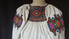 Beautiful Blouses, Folk Art, Savoury Recipes, Costumes, Traditional, Knitting, Romania, Clothes, Outfits
