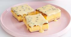 Arnott& biscuits make this custard and passion fruit slice super easy! Nutella, Custard Slice, Custard Cake, Custard Biscuits, Apple Custard, Chocolate Custard, Peanut Butter Slice, No Bake Slices, Cake Slices