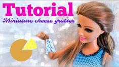 Tutoriel : râpe à fromage miniature pour nos dolls 🧀🧀🧀 Doll Tutorial, Pet Shop, Barbie, Miniatures, Dolls, Youtube, Cheese, Baby Dolls, Pet Store
