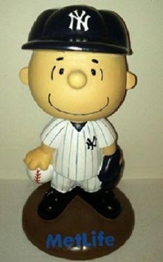 Charlie Brown NEW YORK YANKEES Peanuts Bobblehead Bobble SGA 9-25-13 I like Derek jeter myself