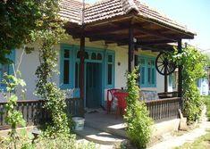 Imagini pentru case taranesti din buzau Eastern Europe, Romania, Pergola, Outdoor Structures, Rustic, Traditional, Outdoor Decor, Houses, Design
