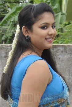 Beautiful Girl In India, Beautiful Women Over 40, Most Beautiful Indian Actress, Beautiful Actresses, Beautiful Suit, Beautiful Saree, Beauty Full Girl, Beauty Women, Bridal Hair Images