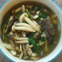 Thai Recipes, Asian Recipes, Yummy Asian Food, Laos Food, Thai Street Food, Asian Cooking, Food Design, Food Photo, Stuffed Mushrooms