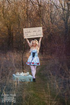 Alice in Wonderland   #photography #Aliceinwonderland #Disney #portrait   http://www.facebook.com/PhotographyLaurenNicole