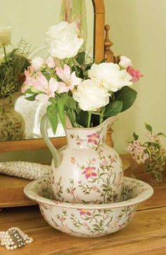 Lovely Pitcher & Bowl...with roses.
