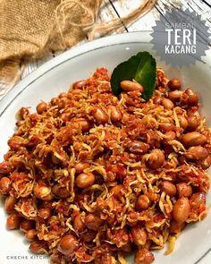 Resep Masakan Sambal Teri Kacang By - Resep Tina Indonesian Sambal Recipe, Indonesian Cuisine, Indonesian Recipes, Wine Recipes, Asian Recipes, Healthy Recipes, Easy Cooking, Cooking Recipes, Malaysian Food