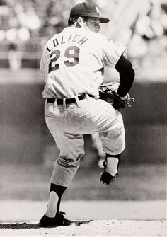 Detroit Tiger Pitcher.....MICKEY LOLICH  1971