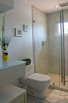 Little, Simple but Functional Small Bathroom:Pictures Of Small Bathroom Favorable Small Bathroom Ideas by lissandra.villano