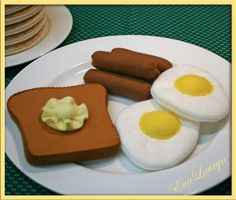 Wool Felt Play Food - Sunny Side Up Egg and Sides - Waldorf Accessory for…