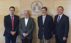 Caixa Popular se suma al programa 'UniSocietat' de la Universitat de València