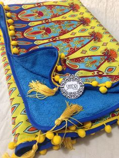 Canga Toalha Retangular 214.03E34 - SANDRI STORE Beach Blanket, Saddle Bags, Sewing Crafts, Duvet, Creations, Towel, Diy Projects, Fabric, Summer