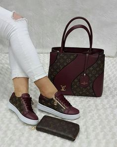 2019 New Louis Vuitton Handbags Collection for Women Fashion Bags Must have it Luxury Bags, Luxury Handbags, Fashion Handbags, Fashion Bags, Luxury Purses, Cheap Fashion, Womens Fashion, Fashion Trends, Fashion Jewelry