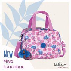 ¿Ya conoces la Miyo lunchbox de #Kipling México? Está padrísima. Transporta tu almuerzo con mucho estilo.