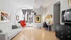 Manhattan Real Estate, Oversized Mirror, Furniture, Home Decor, Homemade Home Decor, Home Furnishings, Decoration Home, Arredamento, Interior Decorating