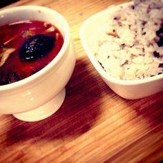 朝ご飯です。 汗かいて、新陳代謝を良くする、レッドカレー!  #japan #breakfast #food