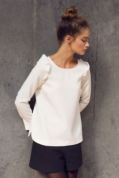 How tо Wear Clothes thаt Flatter Yоu Fashion Mode, Office Fashion, Minimal Fashion, Love Fashion, Latest Fashion, Fashion Trends, Classy Chic, Casual Chic Style, Preppy Style