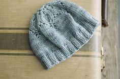 Little Flower Hat Pattern {free}. Baby Hats Knitting, Knitting Yarn, Knitting Patterns Free, Free Knitting, Knit Crochet, Crochet Hats, Knitted Beret, How To Purl Knit, Knit Picks