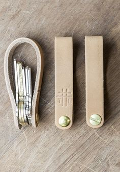 Leather Foldover w/ Brass Key Chain | Thrux Lawrence