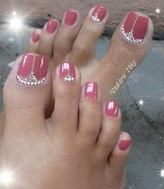 20 Zehennagel-Designs - Nageldesign & Nailart is really important. Caring for the toenails is very important. No matter what the weather is like, toenails must always be in shape and beautifully desig Pretty Toe Nails, Cute Toe Nails, Pretty Toes, Toe Nail Art, Acrylic Nails, Pretty Pedicures, Bling Nail Art, Pink Pedicure, Manicure E Pedicure