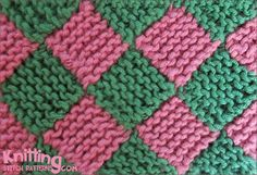 Entrelac, a technique that produces an interlocking diamond pattern, is one of today's hottest trends in knitting. Knitting Stiches, Knitting Videos, Crochet Videos, Loom Knitting, Knitting Patterns Free, Knit Patterns, Knitting Projects, Stitch Patterns, Free Pattern