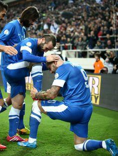 Katsouranis + Samaras + Salpingidis + Mitroglou. Greece Travel, Greek, Football, Bar, Sports, Soccer, Hs Sports, Futbol, Greece Vacation