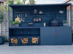 Big Green Egg Outdoor Kitchen, Outdoor Bbq Kitchen, Outdoor Kitchen Design, Outdoor Cooking, Outdoor Dining, Kitchen Decor, Backyard Patio Designs, Backyard Pergola, Potager Palettes