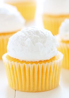Orange Creamsicle Cupcakes ~ http://iambaker.net