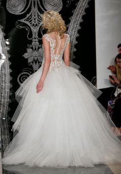 Spring 2014 Bridal: Smoldering Sensuality from Reem Acra | OneWed