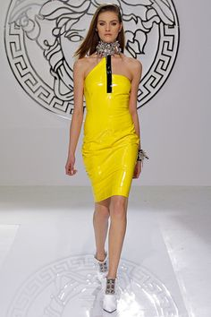Versace | Fall 2013 Ready-to-Wear Collection | Style.com