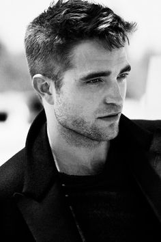 Celebs — Robert Pattinsonmzescelebs - black and white King Robert, Robert Douglas, Esquire Uk, Dapper Dan, British Actors, Interesting Faces, Robert Pattinson, Just In Case, Actors & Actresses