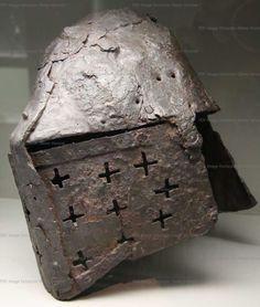 Great Helm, Archaeologie und Museum Basel- Landschaft, Liestal  1340-1370 ref_arm_1470_003