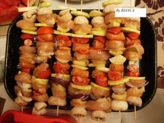 Baby Food Recipes, Cooking Recipes, Kebabs, Special Birthday, Sushi, Sausage, Food And Drink, Meat, Vegetables