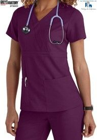 Grey's Anatomy 3 Pocket Mock Wrap Scrub Tops- Have this top and the matching pants Scrubs Outfit, Scrubs Uniform, Greys Anatomy Shirts, Cute Scrubs, Medical Scrubs, Nursing Scrubs, Dental Scrubs, Nursing Shoes, Medical Uniforms