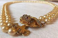 KJL-Kenneth-Jay-Lane-Laguna-Pearl-Snake-Necklace