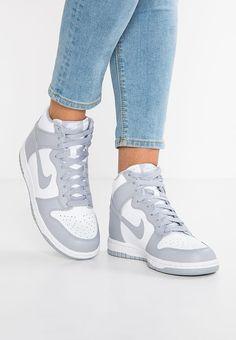 bestil  Nike Sportswear DUNK HI - Sneakers high - white/wolf grey til kr 679,00 (28-04-17). Køb hos Zalando og få gratis levering.