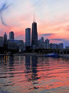 CITY SUNSET by Marlene Calderon on 500px