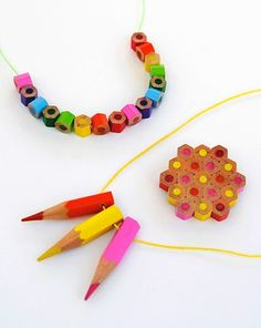 How to Make Pencil Jewelry - Back to School Crafts: How about wearing a rainbow necklace with pencil beads? Making pencil beads is easy, and you can try to learn how to make pencil jewelry. Fun Crafts, Crafts For Kids, Arts And Crafts, Blog Deco, Colored Pencils, Jewelry Crafts, Craft Projects, Craft Ideas, Diy Ideas