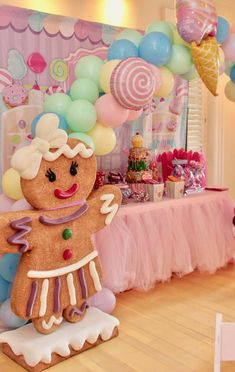 Chakoda Design *'s Birthday / Candyland - Photo Gallery at Catch My Party Candy Theme Birthday Party, Candy Land Theme, Christmas Birthday Party, Candy Party, 2nd Birthday Parties, Birthday Party Decorations, Gingerbread Birthday Party, Party Sweets, Craft Party