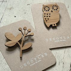 How it works > wood brooches fabricated using laser cutting Laser Cnc, Laser Cut Wood, Laser Cut Fabric, Laser Cutter Ideas, Laser Cutter Projects, Lazer Cutter, Laser Cutter Engraver, Laser Cutting Service, Laser Machine
