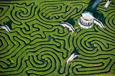 The maze, has been a fascinating element of the landscape since ancient times with the Cretan labyrinth being the oldest mentioned one. It was a very popular element of 16th century Renaissance gardens in Europe, serving not only as an interesting pastime, but also a focal point for thoughts on the source of life, human fate and our place in the universe.