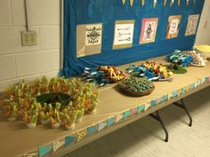 Boho Tribal theme food table Young Wild Free, Wild And Free, Tribal Theme, 10th Birthday Parties, Arrows, Aztec, Feather, Fox, Table Decorations