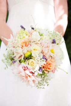 Pastel prettiness Photography By / jessamynharriswed..., Floral Design By / fleursfrance.com