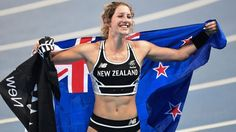 Eliza McCartney celebrates winning bronze in the women's pole vault at the Rio…