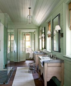 American Country, Beach/Coastal Bathroom | Bill Ingram Architect | Dering Hall Design Connect In partnership with Elle Decor, House Beautiful and Veranda.