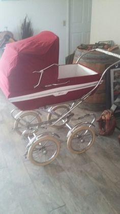 Pram Stroller, Baby Strollers, Plum Purple, Burgundy, Vintage Pram, Prams And Pushchairs, Baby Kind, Vintage Italian, My Favorite Color
