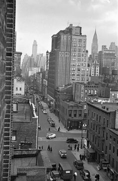 48th Street, New York - 1933  George Mann, Black & White Photography