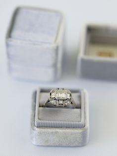 Grey-Ring-Box