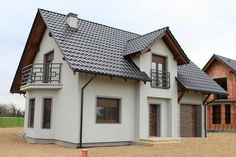 Elewacje Zuzzy: Grafitowe dachy ciemne okna cz.8 My House Plans, House Floor Plans, Burbank Homes, Build Your Own House, Boho Room, Pool Houses, Home Fashion, Backyard Landscaping, Interior And Exterior